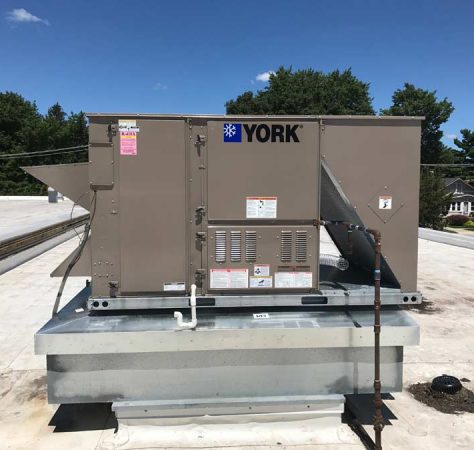New-Commercial-roof-top-unit-installed